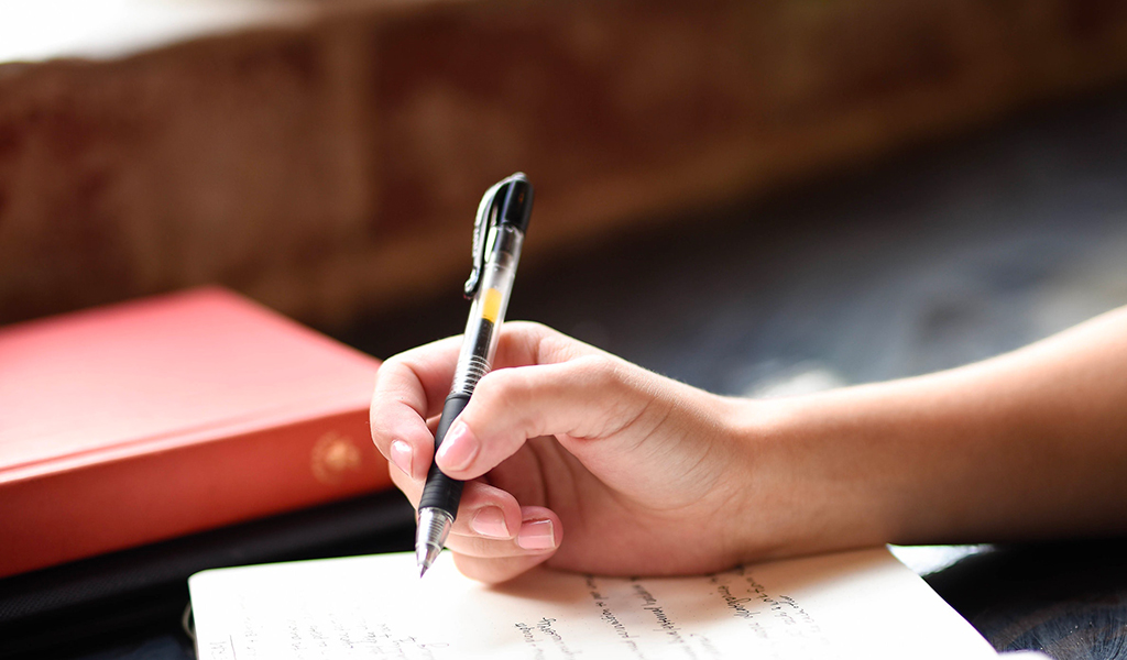 J'anime des ateliers d'écriture à l'attention des particuliers et des professionnels.